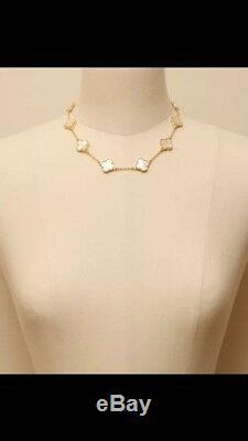 10 Motif Clover Necklace