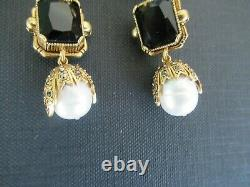 ALEXANDER MCQUEEN Black Glass Crystal FRESHWATER PEARL Drop Earrings