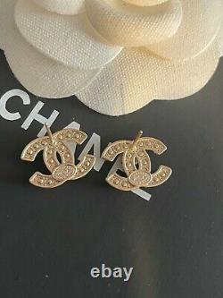 Auth CHANEL EARRINGS Faux Pearls CC logo mini