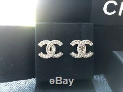 Authentic Chanel 2020 CC Logo Strass Crystal Gold Tone Earrings Studs