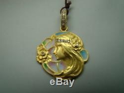 BEAUTIFUL 18K Art Nouveau style pendant with enamel