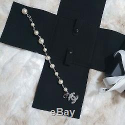 Beautiful 00V Authentic CHANEL Classic CC Silver Pearl Crystal Bracelet