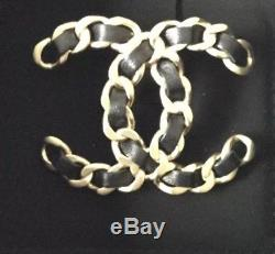 Beautiful Chanel Brooch BNWT Sold Out In Stores Comes With A Copy Of The Receipt