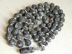 Beautiful Victorian Deeply Carved Whitby Jet Beads Mourning Necklace