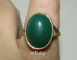 Beautiful, Vintage, Antique Style 9 Ct Gold Ring With Large Chrysoprase