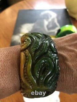 Beautiful Vintage Deep Carved Green Bakelite Bracelet