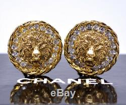CHANEL 1982 Leo the Lion Crystal Earrings Gold tone& Rhinestone withBOX v1726