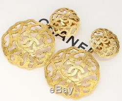 CHANEL CC Logos Filigree Dangle Earrings Gold Tone Clips withBOX