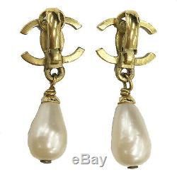 CHANEL CC Logos Pearl Earrings Clip-On Gold 95P France Vintage Authentic #Z384 M