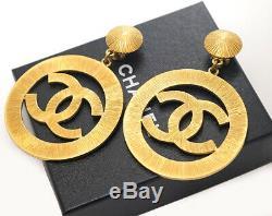CHANEL CC Logos Sunburst Hoop Dangle Earrings Gold Clips 93P Vintage c8316
