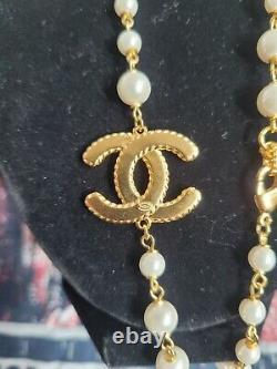 CHANEL Classic CC Logo Gold Link Necklace/Choker RARE / SOLD OUT