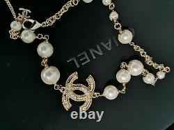 CHANEL Classic Gold CC Logo Pendant Pearl 17.5 Inch Short Necklace
