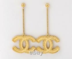 CHANEL Drop/Dangle CC Logos Butterfly Back Earrings Gold-tone w453