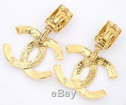 CHANEL Jumbo CC Logos Dangle Earrings Gold Tone Clips 94P withBOX v1791