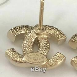 CHANEL Mini CC Logos Crystal Stud Earrings Gold & Rhinestone F17V withBOX