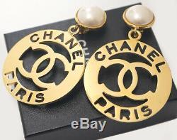 CHANEL Pearl Huge CC Logos Dangle Earrings Gold Tone Clips Vintage RARE p7393