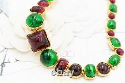 CHANEL Rare and beautiful set (necklace and bracelet) made of glass paste