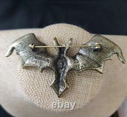 Heidi Daus Batty For You Crystal Pin Beautiful Critter For Halloween