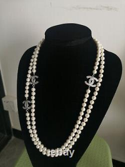 NIB CHANEL Classic CC Logo 3 CC LOGO White Pearl 26 Long Chain Necklace