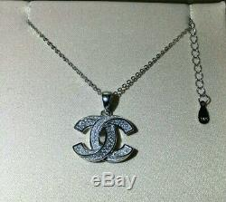 Never Used/ Beauty CHANEL CC LOGO Crystal Necklace