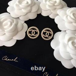 New With Tag Gold Sold out CC Authentac CHANEL Pearls EarrIngs