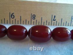 VINTAGE BAKELITE CHERRY AMBER GRADUATED BEAD CHOKER NECKLACE BEAUTIFUL 24 grams