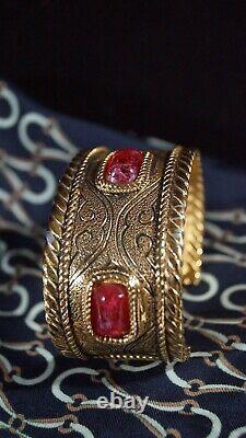 VTG CHANEL Gold Tone Victoire de Castellane Gripoix 1985 Byzantine Cuff Bracelet